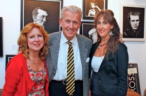 Gilson and Nicky with gallery owner Jo Dyton (left)