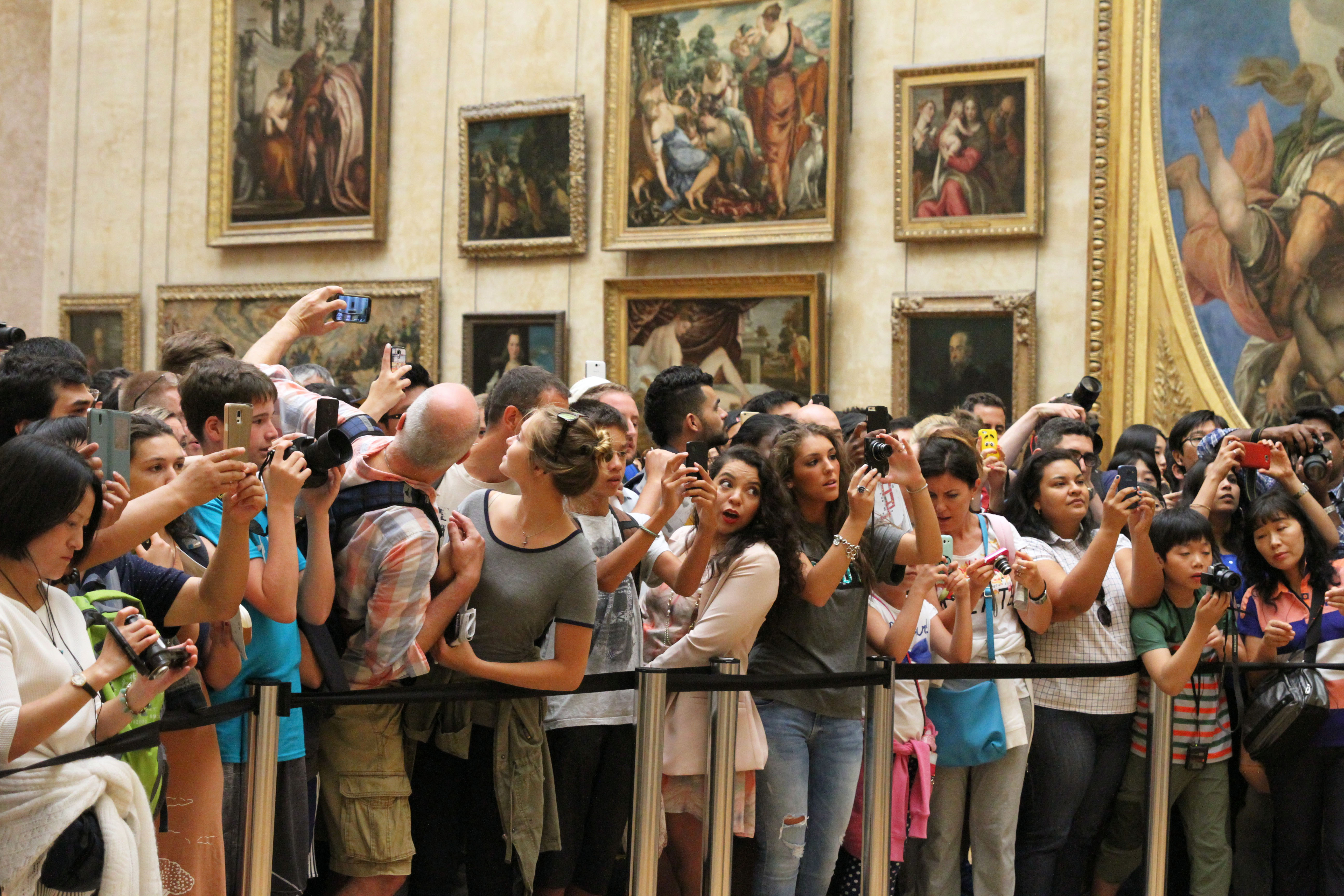 photograph by Hattie Miles ... August.2015 ... Paris ... (not) looking at the Mona Lisa